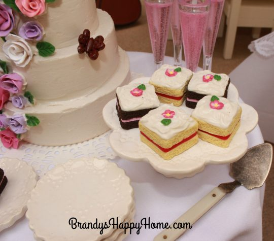 doll wedding cake pieces