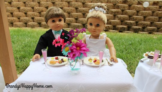 doll wedding meal