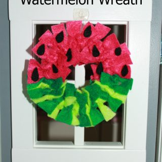 Dollhouse Watermelon Wreath & Mat