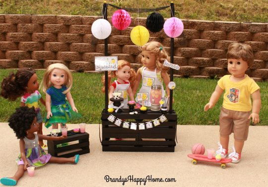 doll lemonade stand with friends