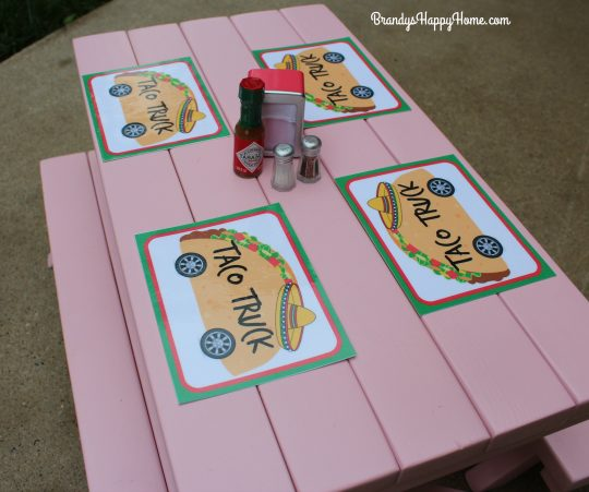 doll taco truck place mats