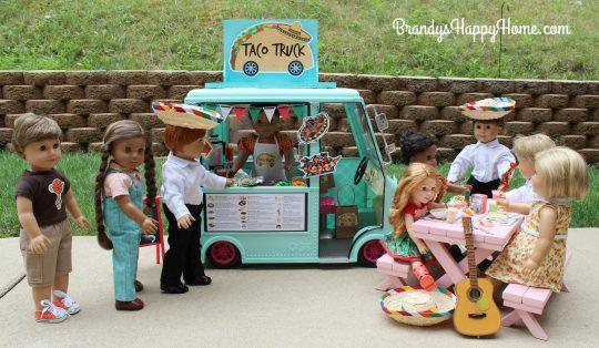 taco truck customers eating