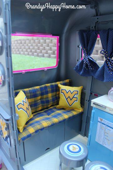 Doll camper WV cushions
