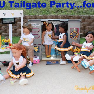 Collegiate Tailgate Party for Dolls!