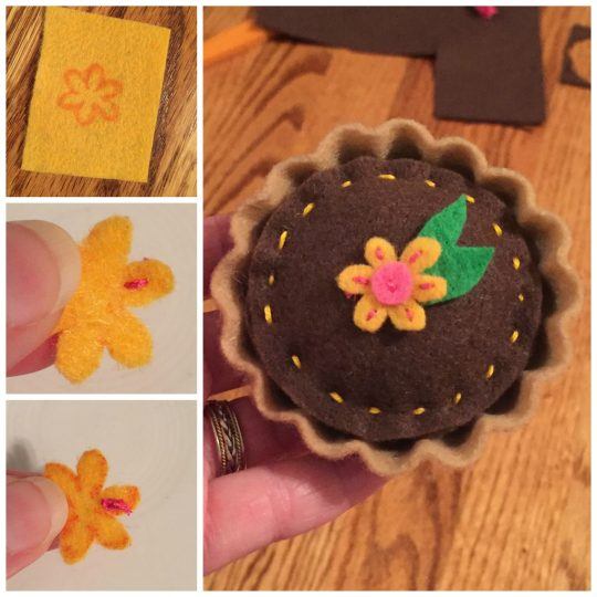 Wellie Wisher Mud Pie Flower Topping