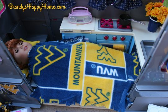 doll camper collegiate bedding 2