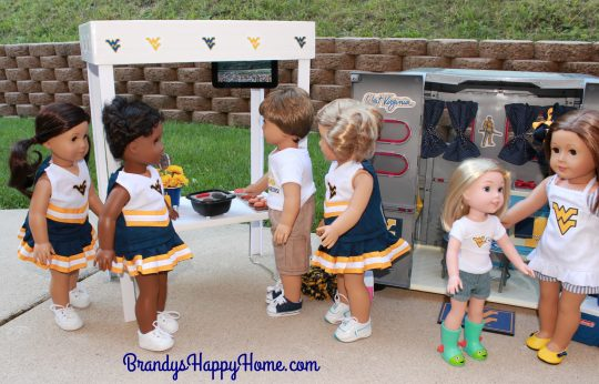 doll tailgate grilling