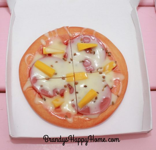 doll-hawaiian-pizza