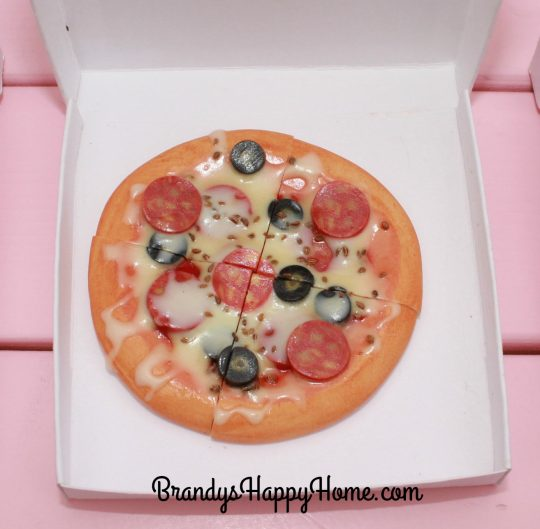 doll-pepperoni-pizza