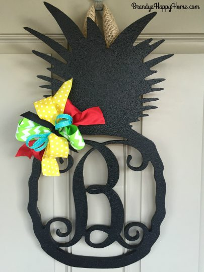 hanging-pineapple-wood-cutout