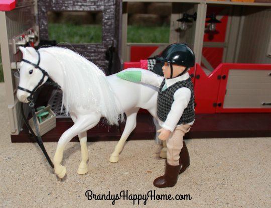 lori-doll-horse-barn-mitt