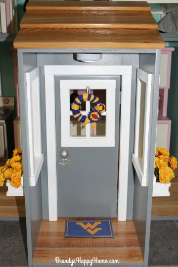 american-girl-dollhouse-door-entryway