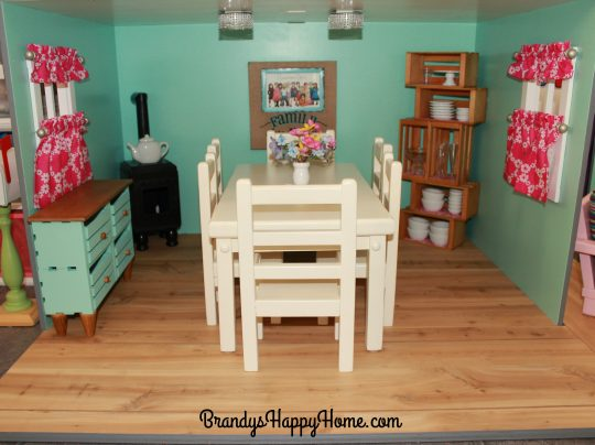 american-girl-dollhouse-dining-room
