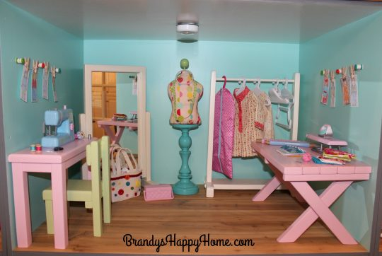 american-girl-dollhouse-sewing-room