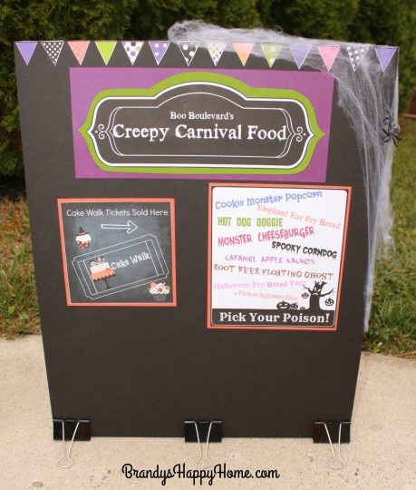 dolloween-creepy-carnival-food-sign