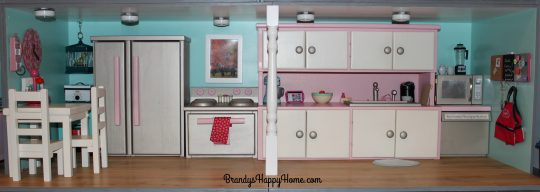 american-girl-dollhouse-kitchen