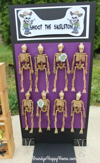 doll-halloween-game-shoot-the-skeleton