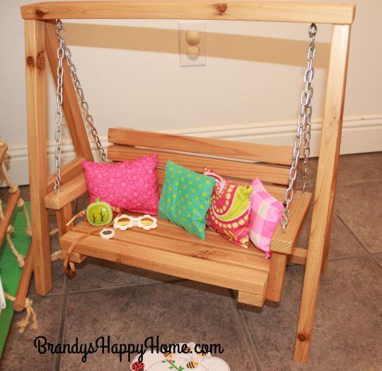 diy-doll-bench