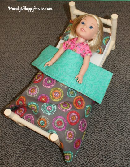 wellie-wisher-doll-bedding