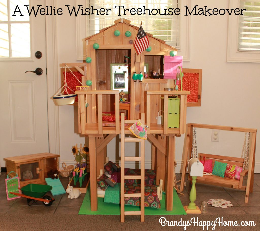 Cozy Home Theater: Wellie Wisher DIY Treehouse Renovation