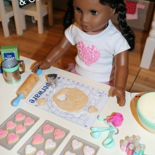 DIY Doll Tupperware Pie Mat & Clay Cookies