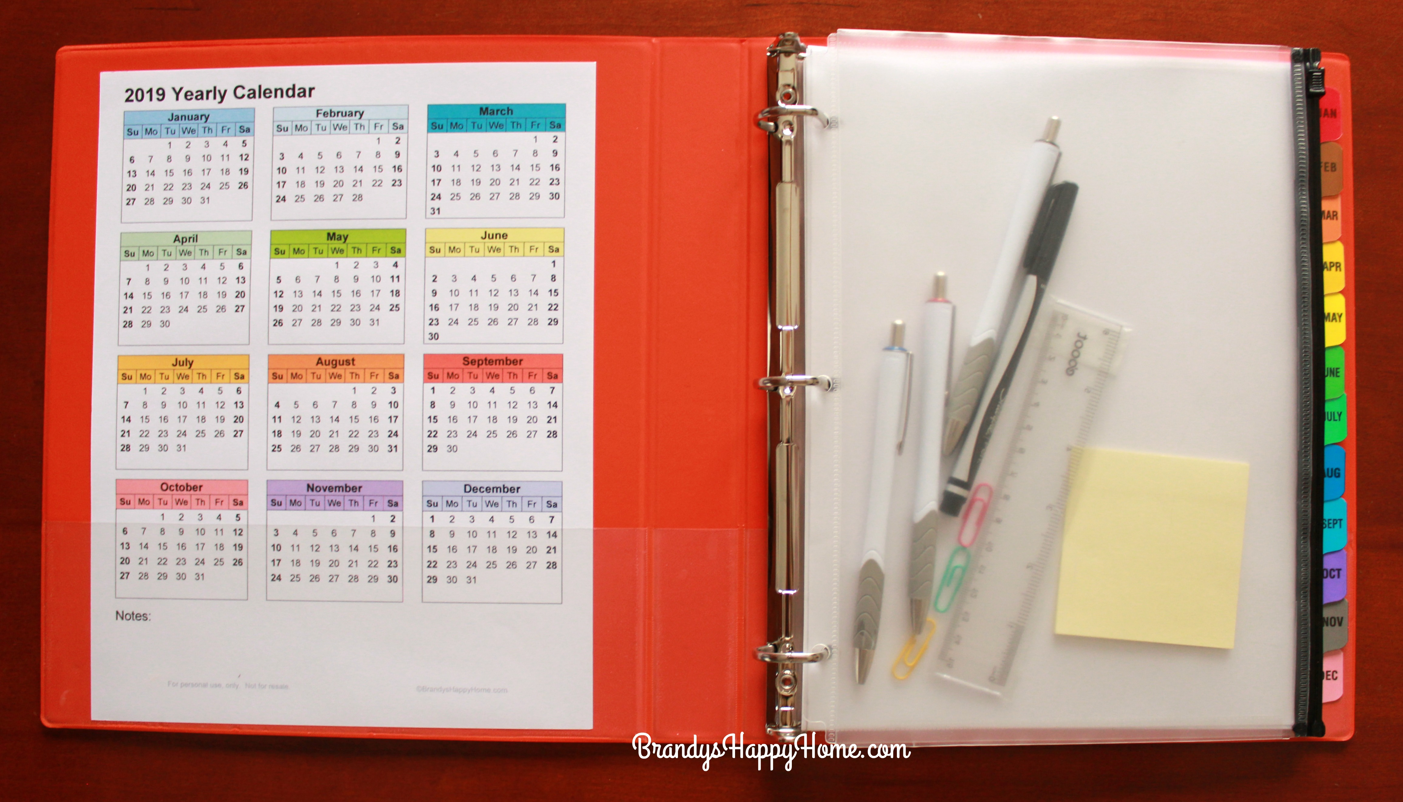 FREE 2019 DIY Calendar Planner Printables Homemade Ring Planners on personalized day planner, letter size planner, printable planner, d*i*y planner, daily planner, 3 prong planner, monthly planner, business planner, small three-ring planner,
